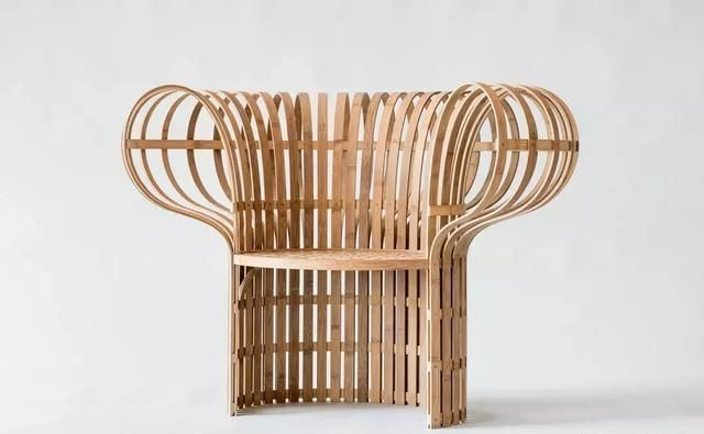 How did bamboo curved furniture work